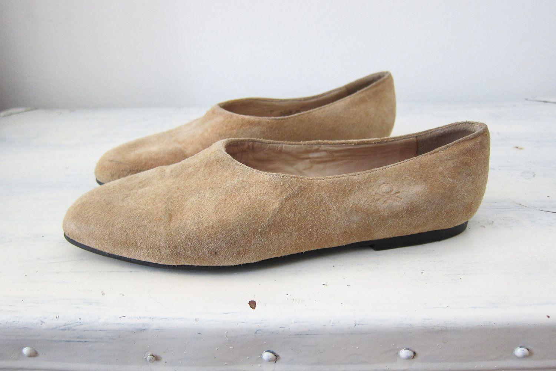 9092ada63e9ec BENETTON Vintage Flat Shoes Very Modern Shape