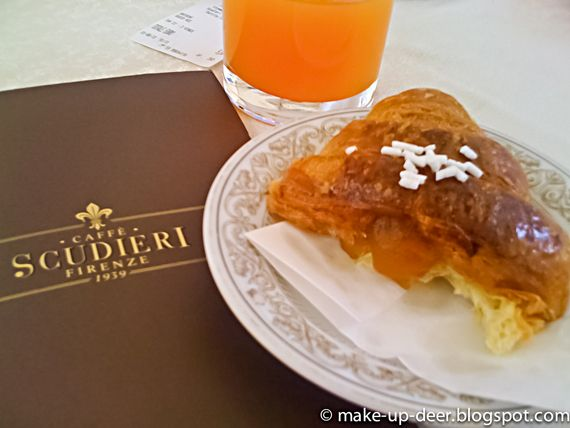 BAR PASTICCERIA SCUDIERI Piazza Duomo Firenze http://www.shoppingroutes.it/