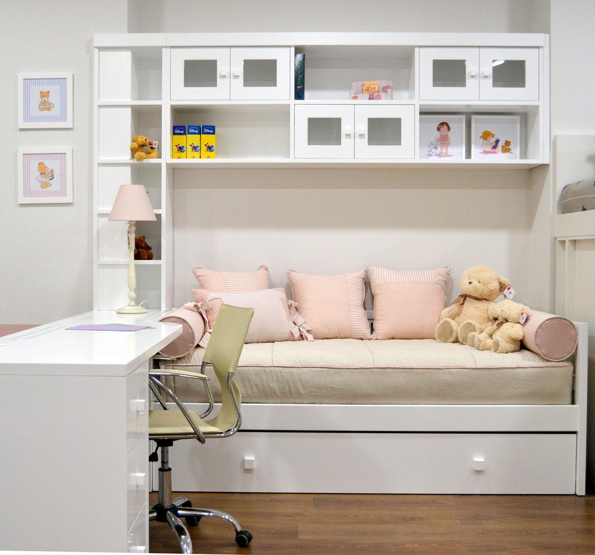 Dormitorio con cama nido y puente blanco el p jaro for Cama nido con escritorio