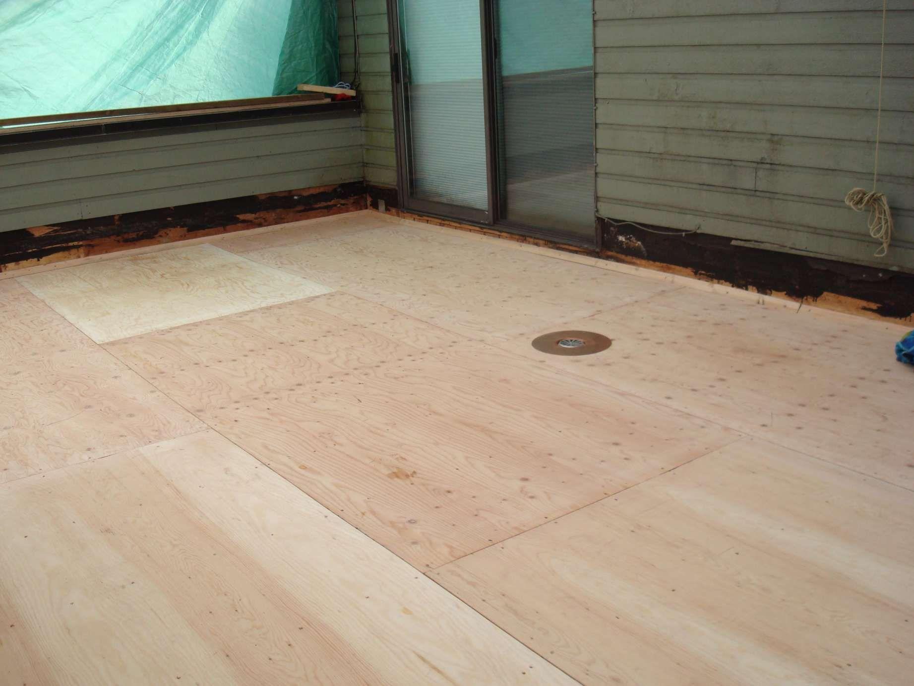how to waterproof plywood subfloor