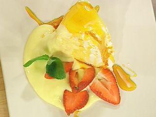 Merengue caramelizado con crema de limón