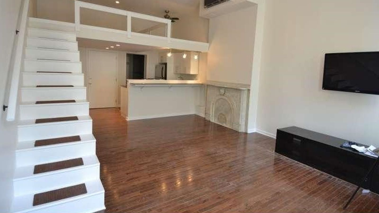 1br apartments you can rent in philly for 1 550 right now renting