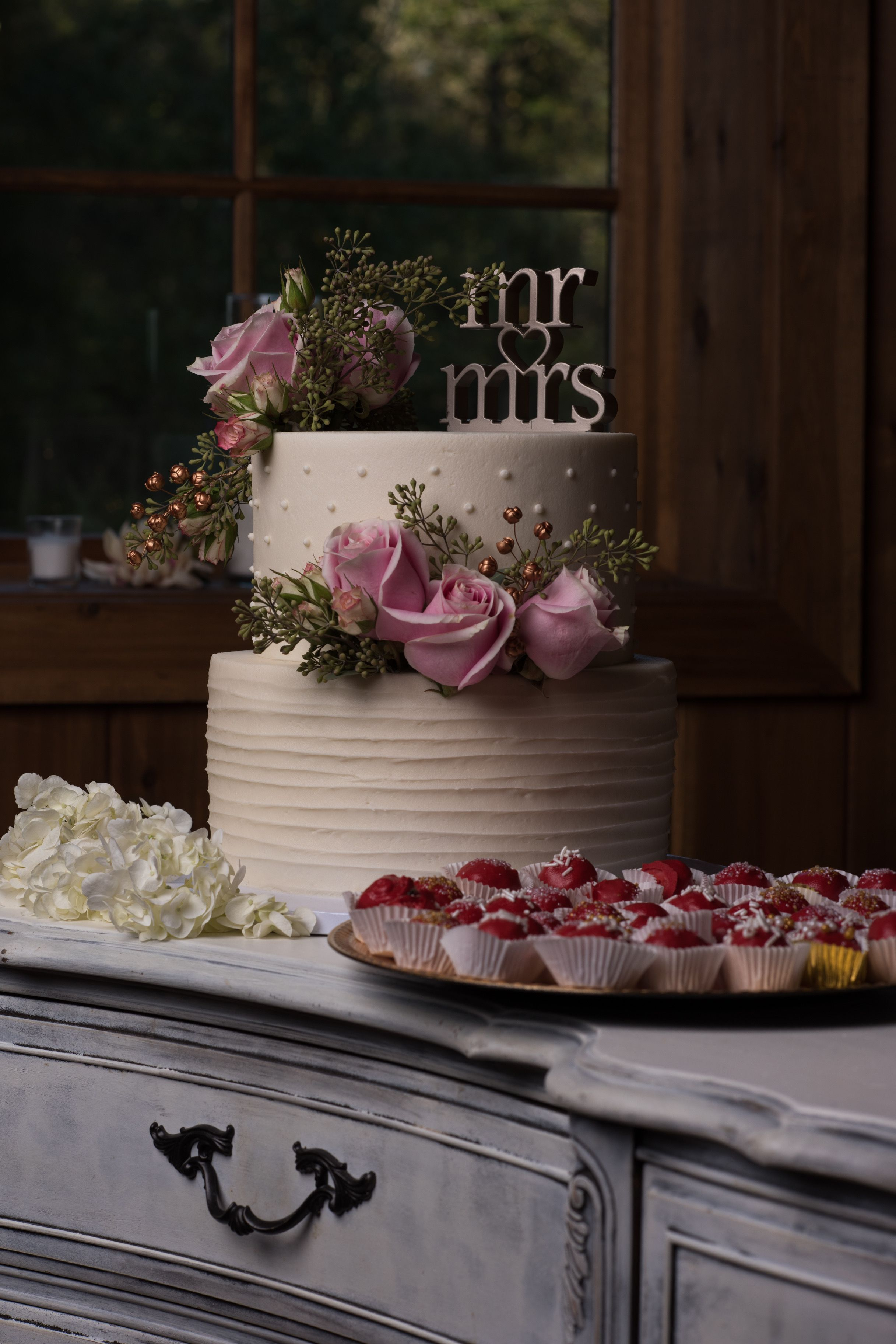 Beautiful Two Tier Wedding Cake Desserts At The Carriage House Conroe TX