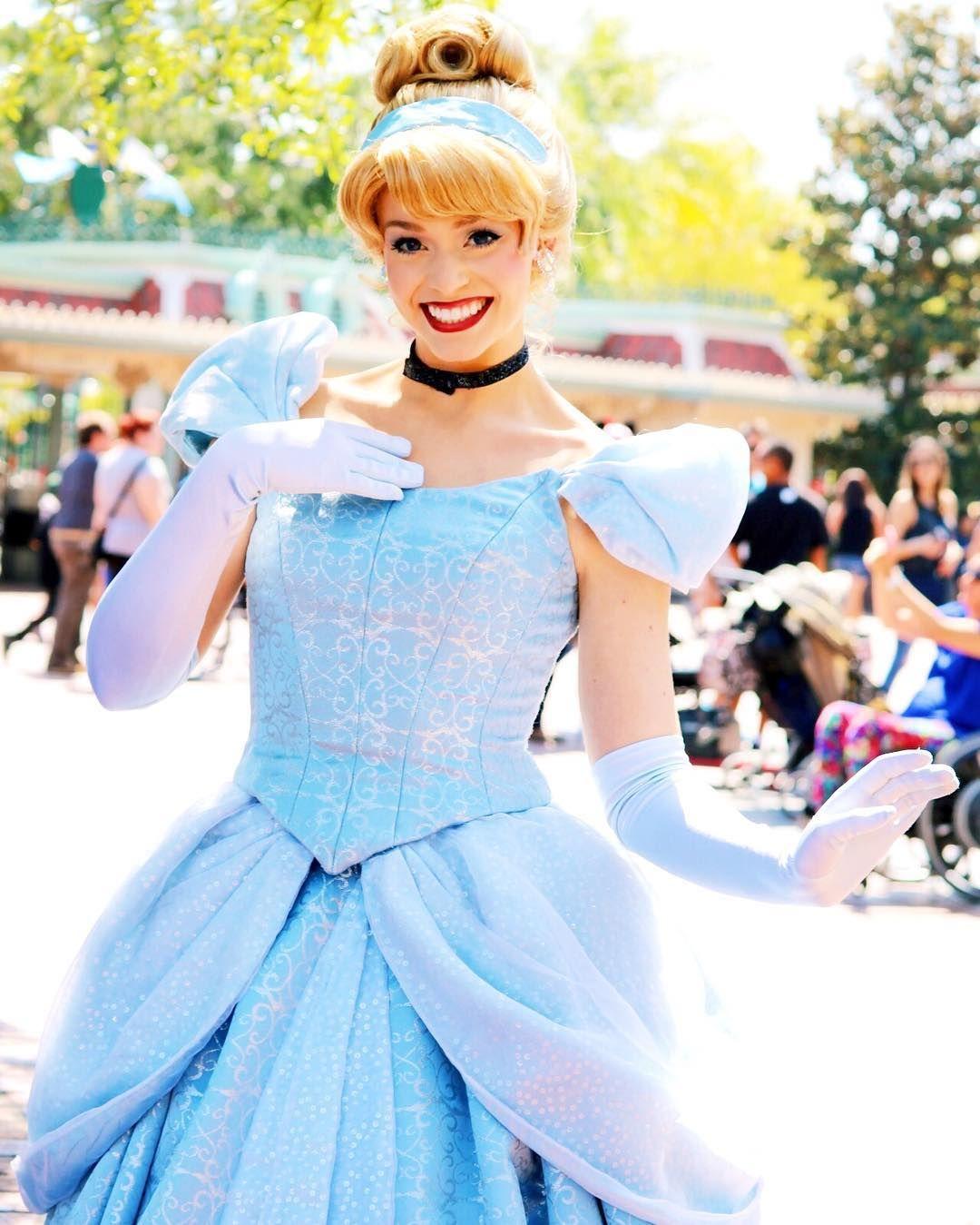 Cinderella #disneyland #cinderella By