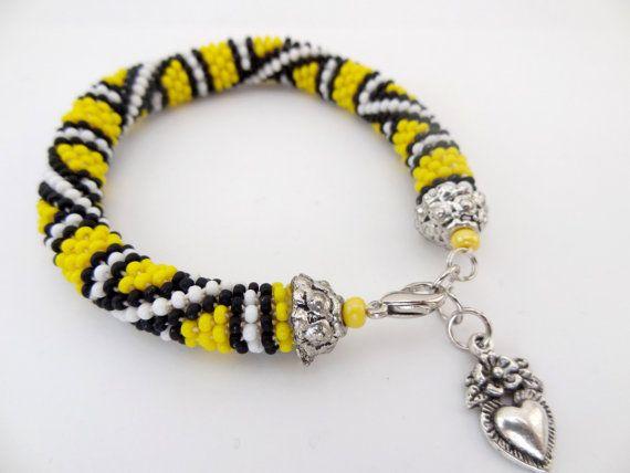 Yellow White And Black Beaded Crochet By Lesperlesdediamanda