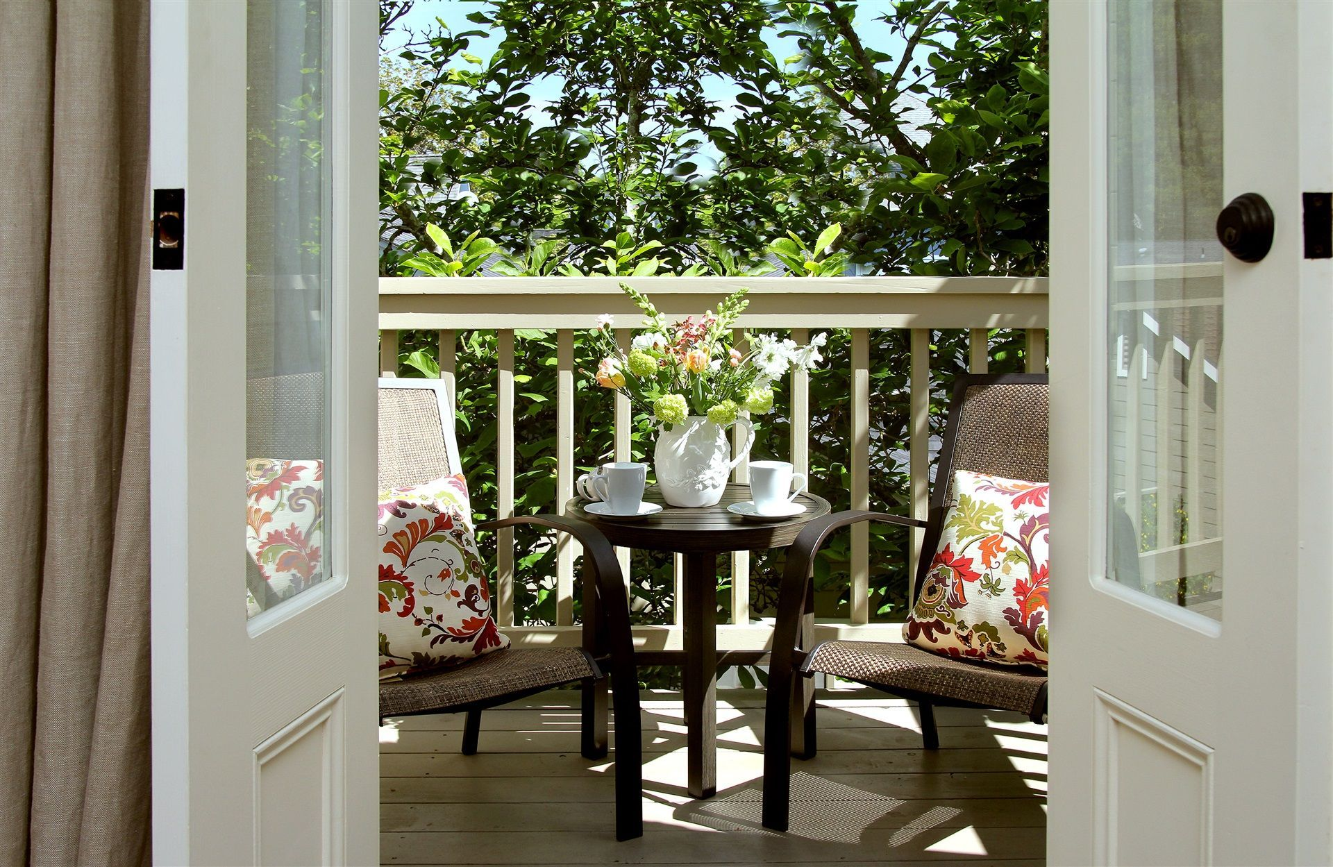 A Boutique Napa Valley Bed and Breakfast Inn Bed and