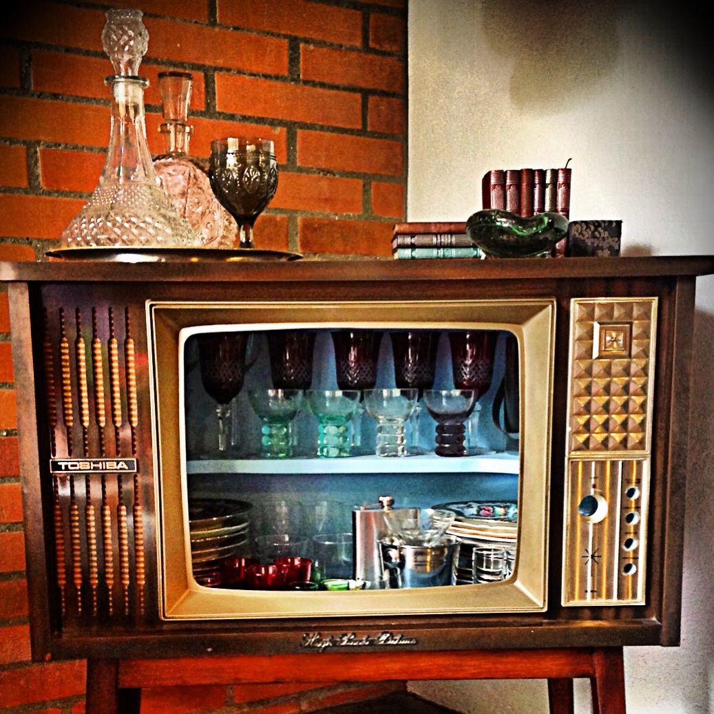 Recicled old tv as my open bar. | Reciclaje | Pinterest | Diy ...