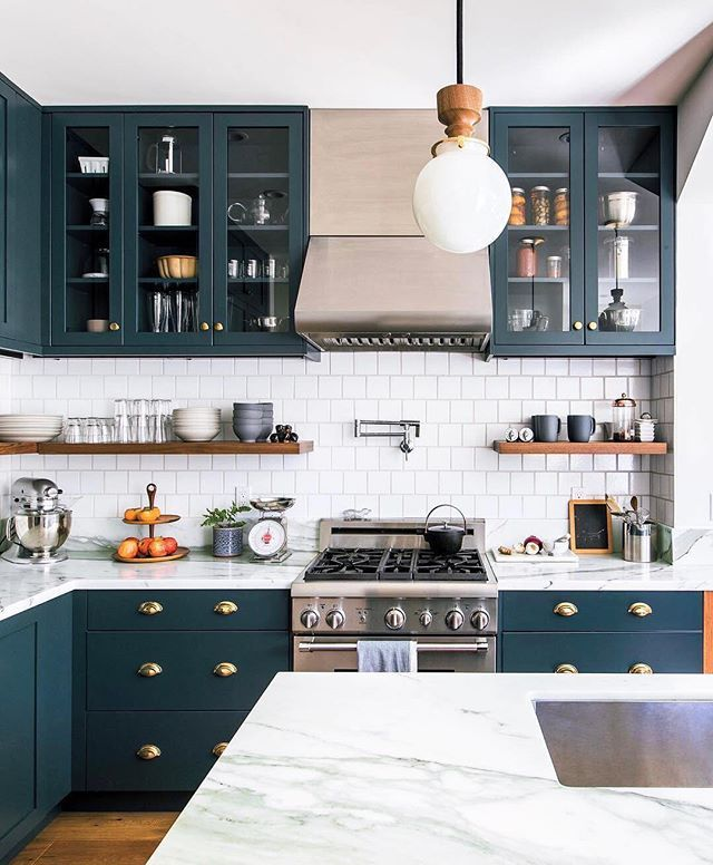 We're kicking off the weekend with a little kitchen inspo for you courtesy of @sunsetmag + a very special sale online and in our stores. Save 20% on your order today only – use code SAVE20 online and tap the photo to shop.  Kitchen design by @mcelroyarch, photo by @sunsetphoto via @sunsetmag, tile by @fireclaytile, paint by @benjaminmoore  myonepiece