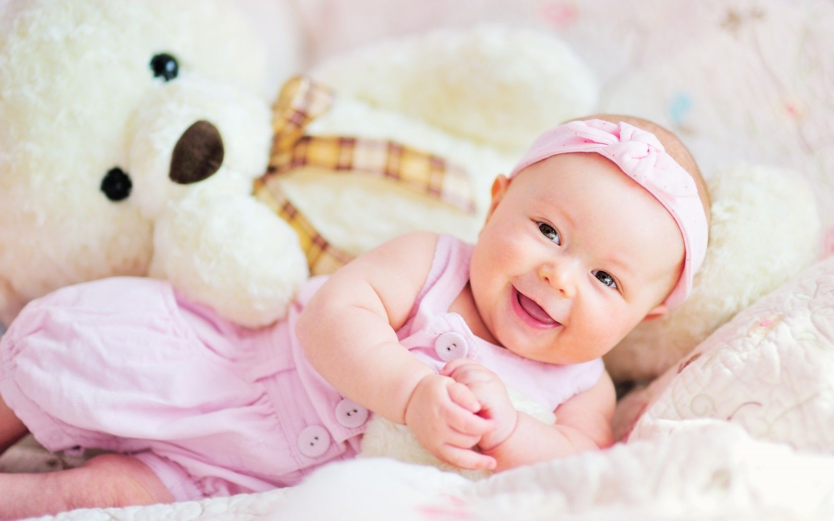 Click Here To Download In HD Format Cute Baby Wallpapers 53