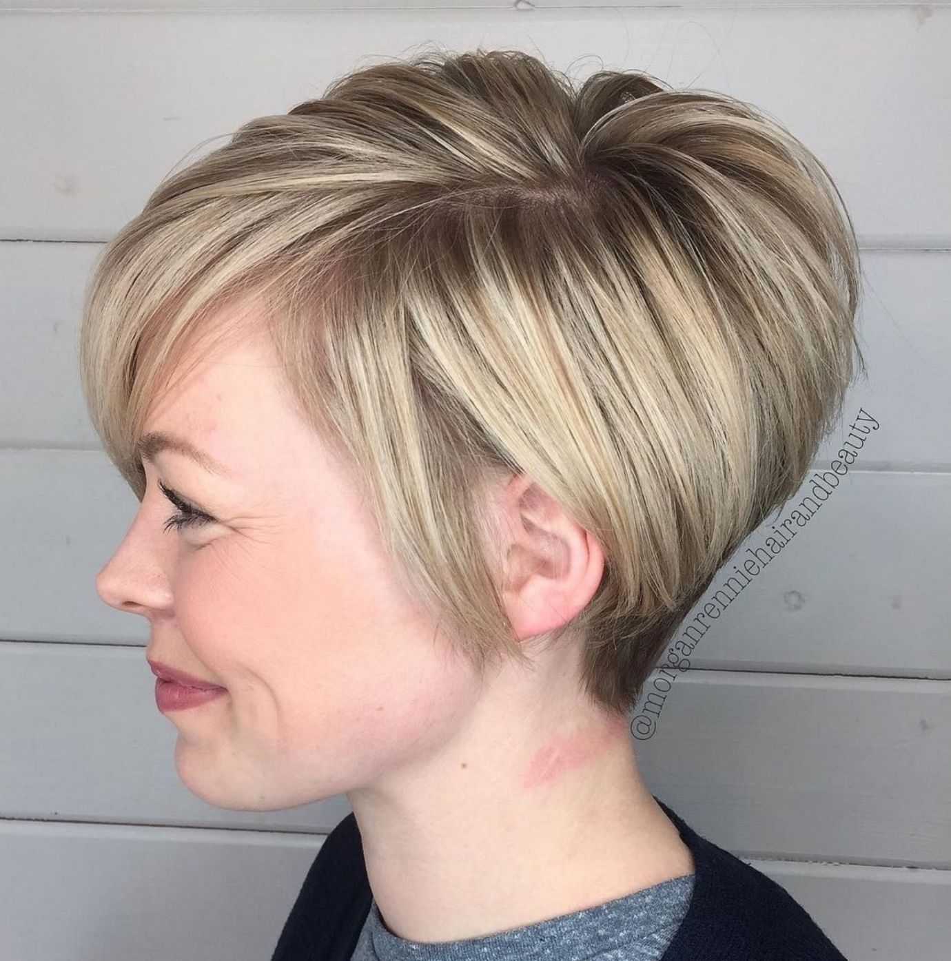 10++ Tapered neckline haircut information