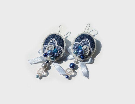Shabby Chic Earrings indigo and blue denim por TheMireyBoutique