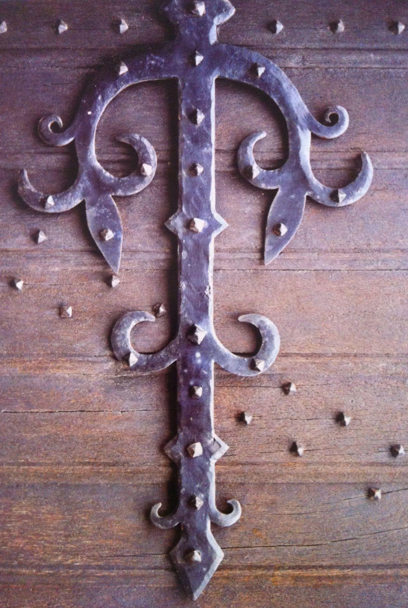 Decorative Door Hardware Knocker RUSTIC Cast Iron Kick In The Pants