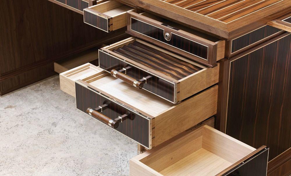 David linley bespoke desk furniture pinterest for Einfacher schreibtisch