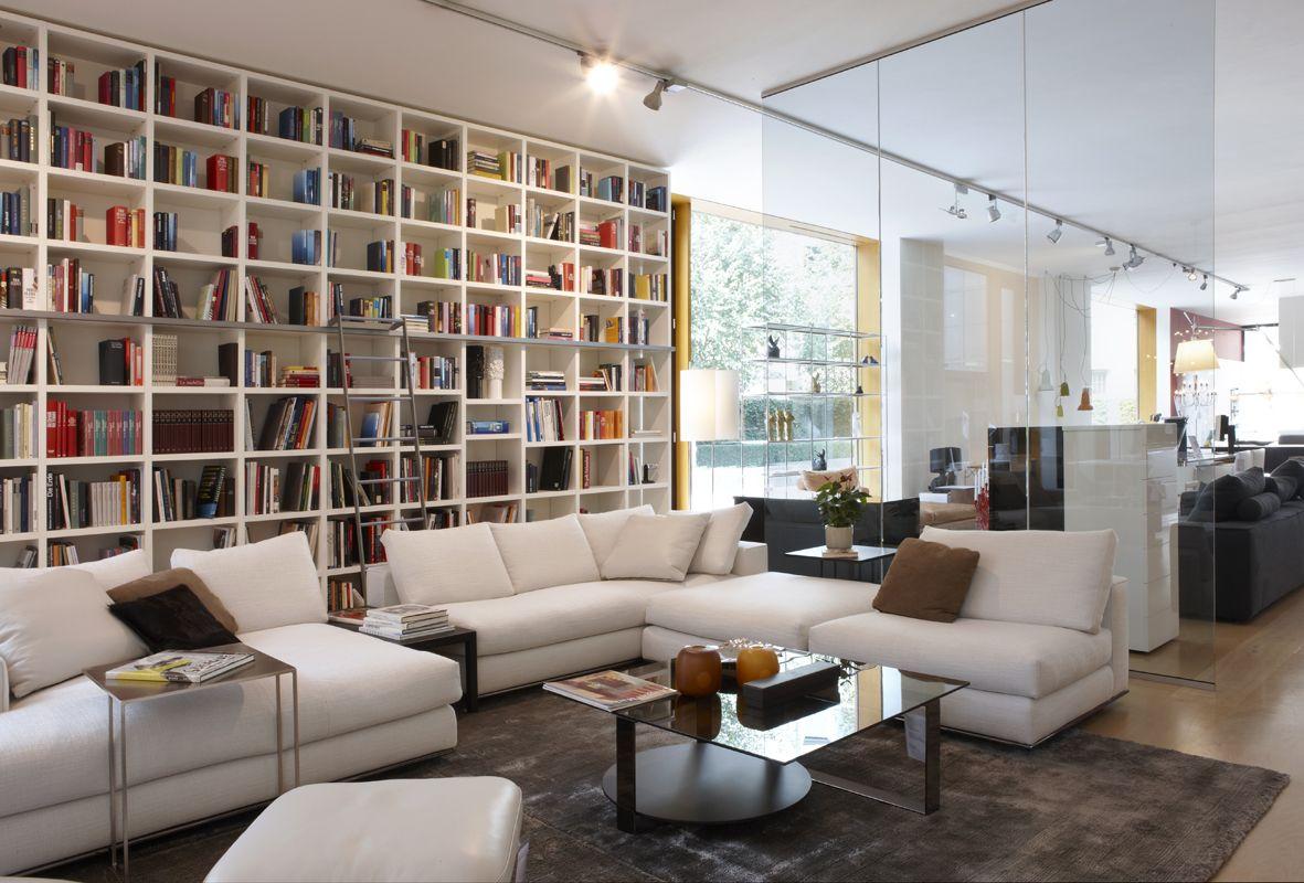 Sofa hamilton von minotti showroom leptien 3 pinterest Innenarchitekt wohnungseinrichtung