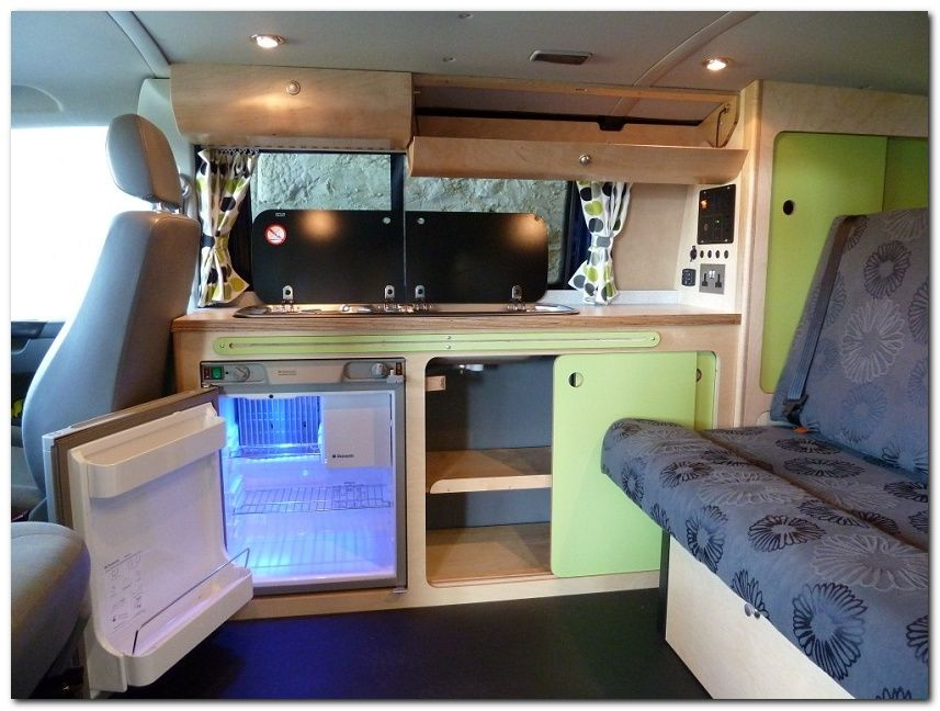 60 Simple But Cozy Camper Van Interior Ideas