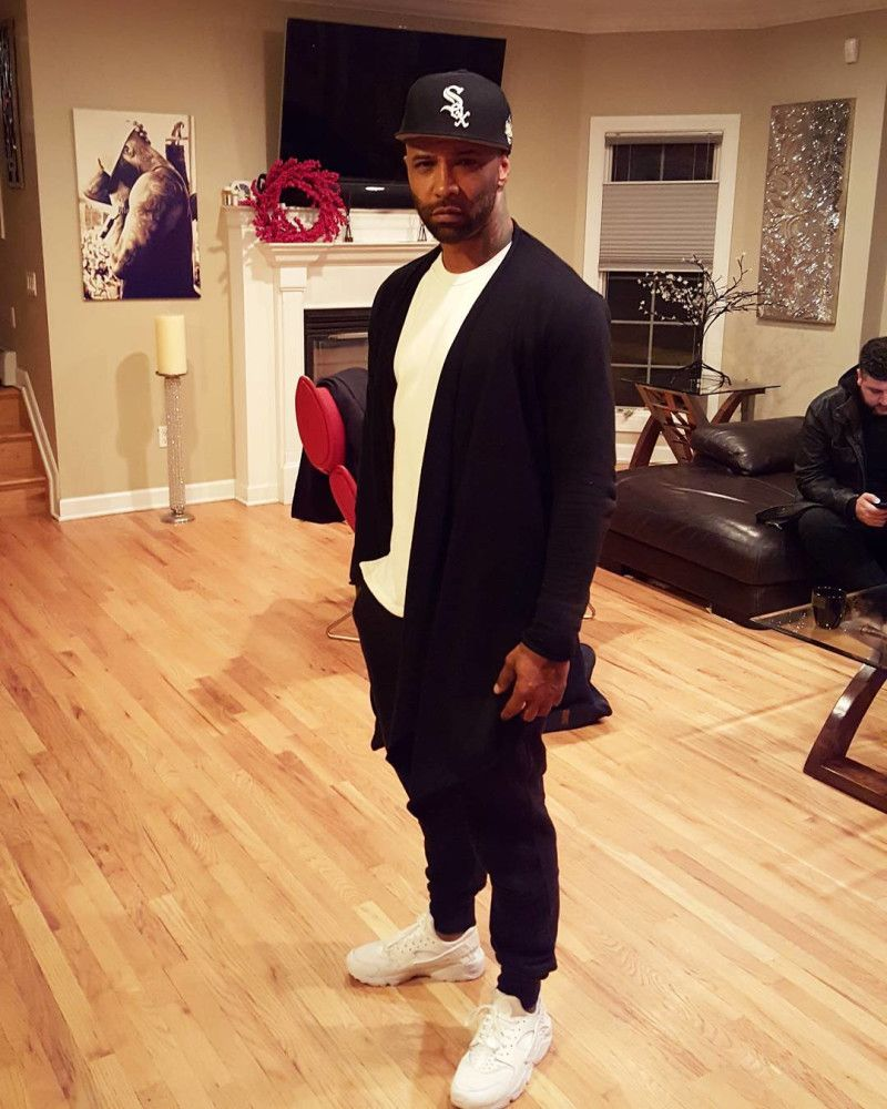 wholesale dealer b26ef 4700e Joe Budden Wearing the White Nike Air Huarache Joe Budden, Celebrity  Sneakers, White Nikes