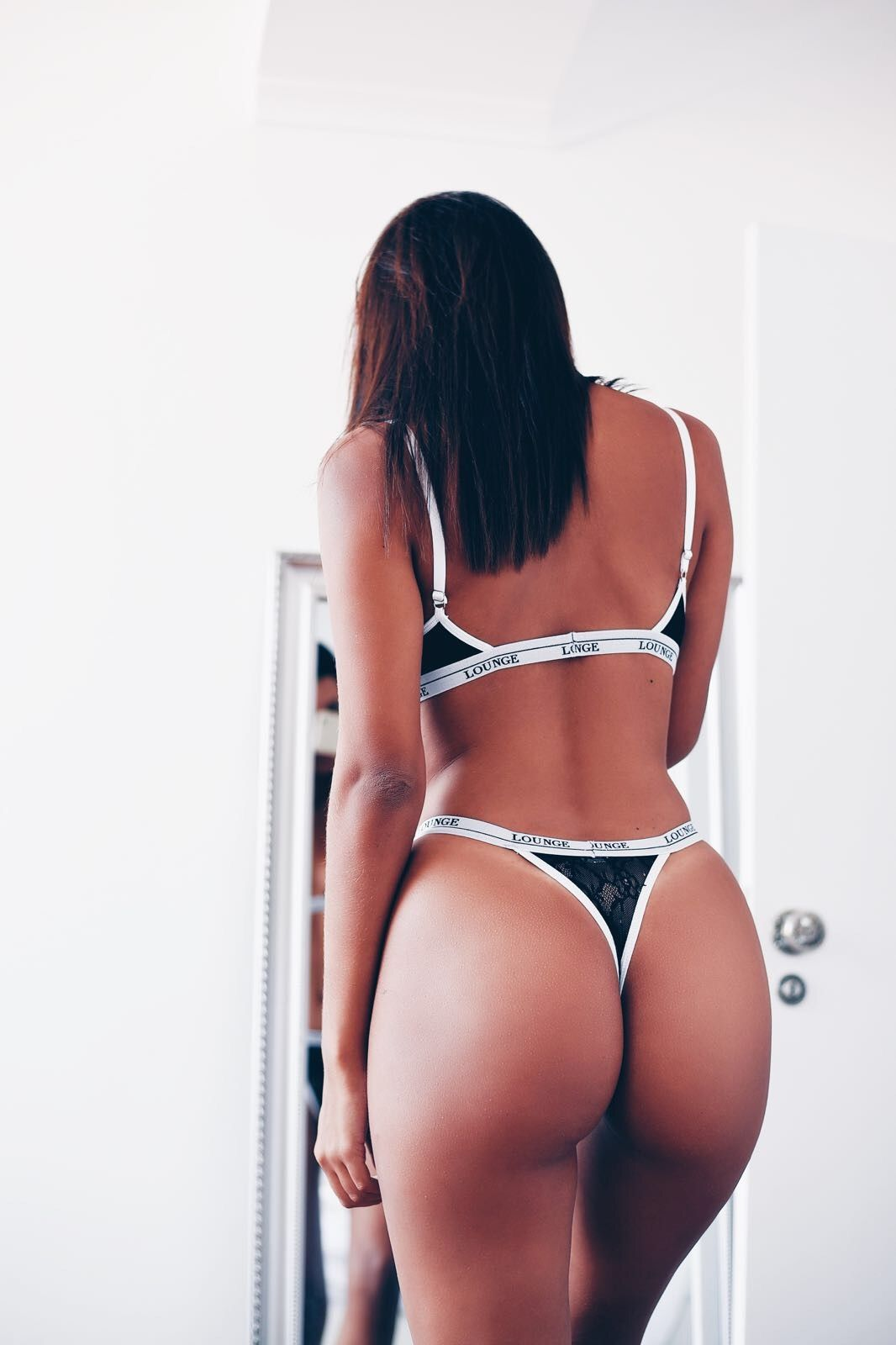 Shop for lingerie for my wife