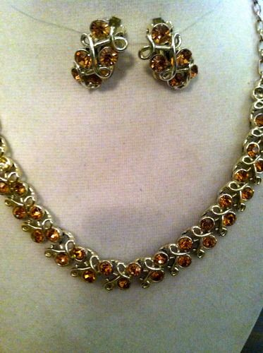 Tophatter Vintage Estate Sale Auction Amazing Jewelry Vintage Jewelry Unique Items Products