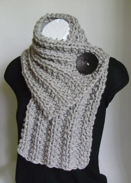 crochet bufanda con boton | tejido | Pinterest | Crochet bufanda ...