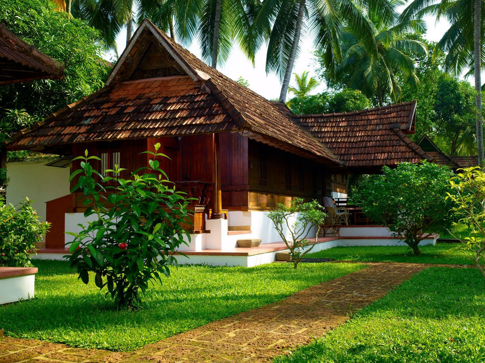 Traditional kerala home home ideas pinterest kerala for Architecture design of house in india