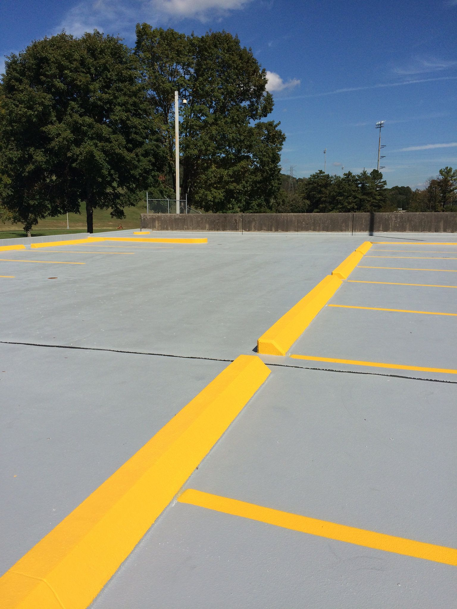 865-680-9225 Parking Lot Striping Sealcoating Knoxville, TN Epoxy Painting