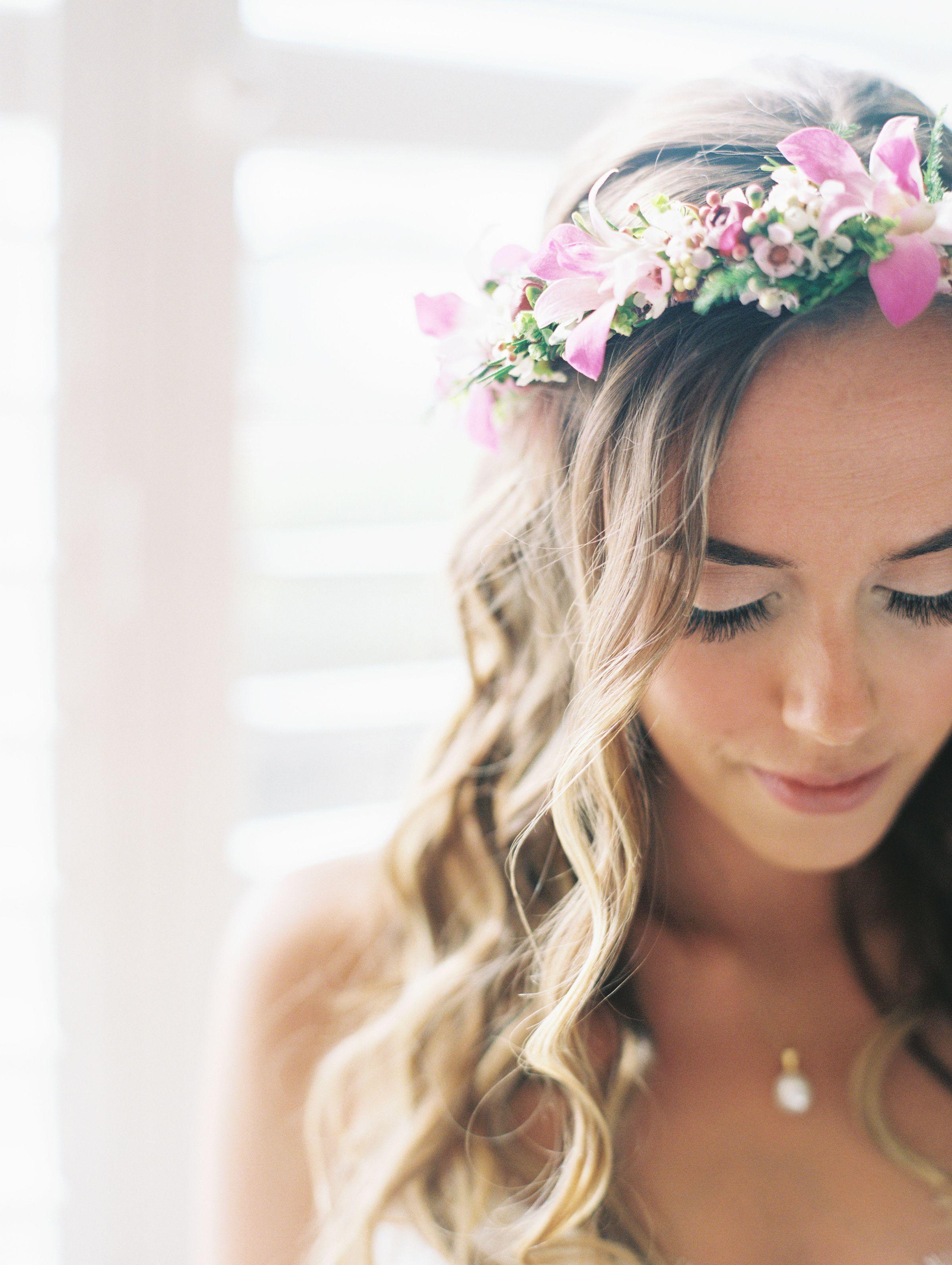 Inspirierende Frisuren Fur Die Hochzeit Frisur Hawaiian Flower Crown Wedding Hairstyles Photos Unique Wedding Hairstyles