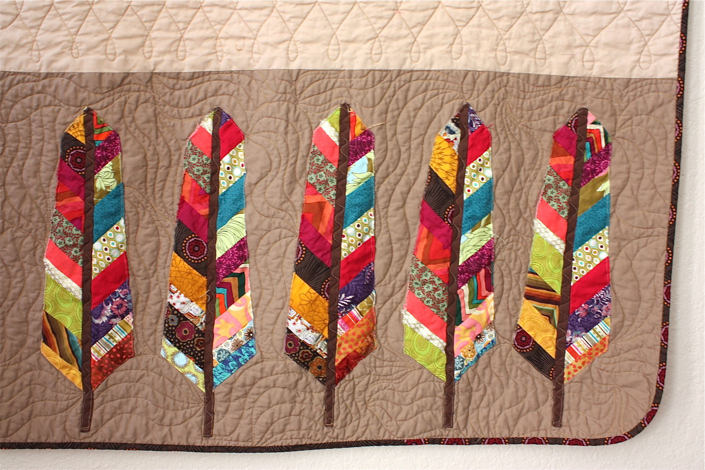 Close Up Pieced Feathers By Raymond K Houston Nacho Mamas Quilt