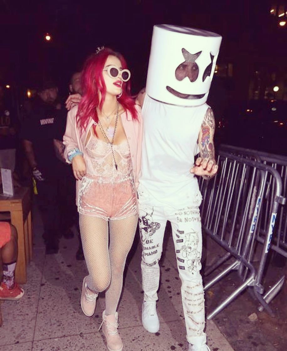 Bella Thorne is no marshmello ... but she's dating one. Is that Scott