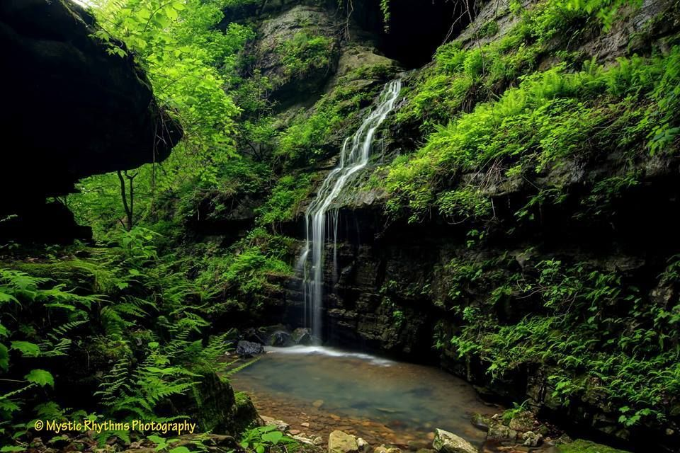 Tunnel Cave Falls, Buffalo Wilderness Area