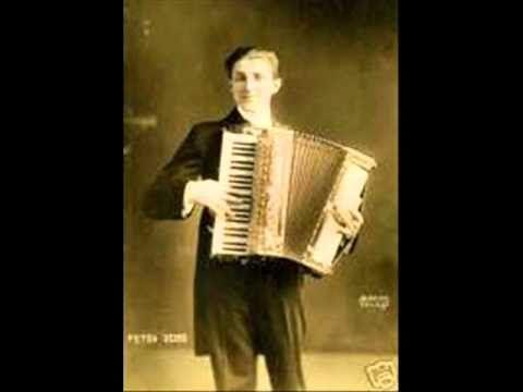 """"""" Barbiere di Siviglia """"  Overture - Accordionist -  PIETRO DEIRO"""