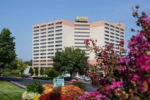 Holiday Inn Opryland Airport Briley Parkway Sonia Sandra