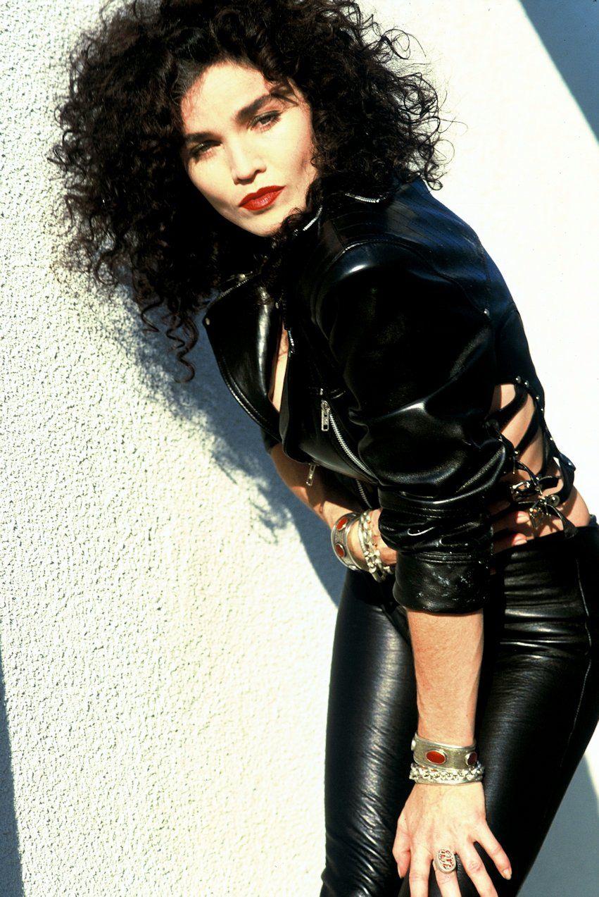 Rock star Alannah Myles Photos