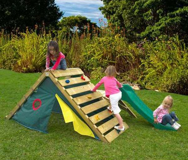 26 Highly Ingenious Cost Efficient Pallet Diy Projects For Kids Homesthetics Decor 12 Diy Kids Playground Backyard Play Backyard For Kids