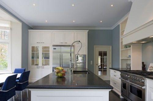 Mooie Witte Keuken : Mooi combi witte keuken donker blad kleur muur house pinterest