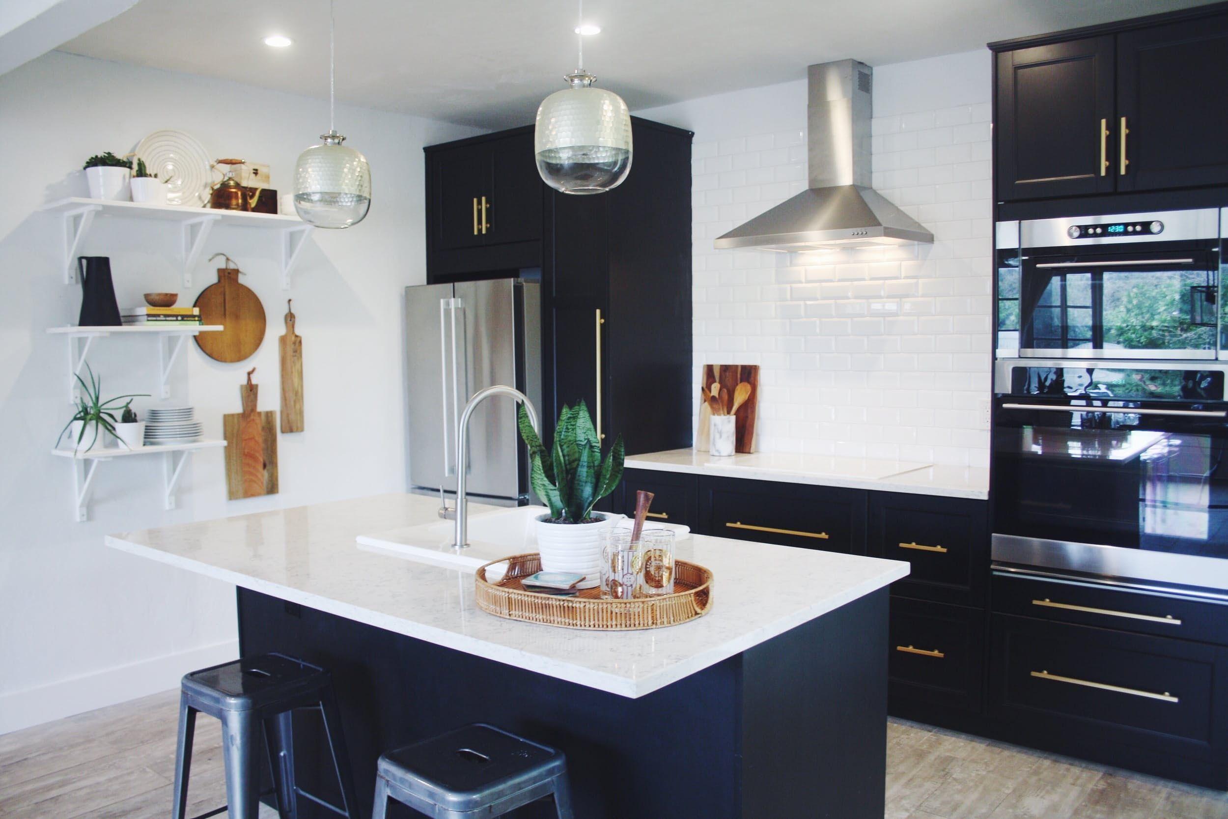 A Modern, Black U0026 White Miami Kitchen U2014 Makeover