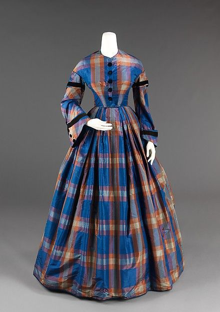 dress - Afternoon dress Date: ca. 1855 Culture: American Medium: silk Dimensions: Length at CB: 60 in. (152.4 cm) Credit Line: Brooklyn Museum Costume Collection at The Metropolitan Museum of Art, Gift of the Brooklyn Museum, 2009; Gift of Mae Schenck, 1963