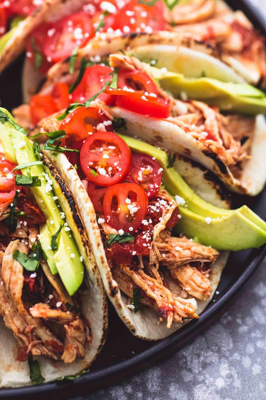 Instant Pot Shredded Chicken Tacos | lecremedelacrumb.com #shreddedchickentacos