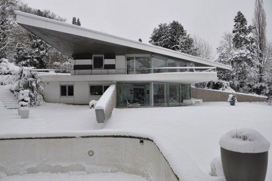 Post Bredeney 1960s professor neufert designed modernist property in essen
