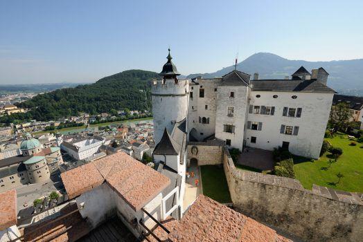 Blick auf Festung und Burggraben