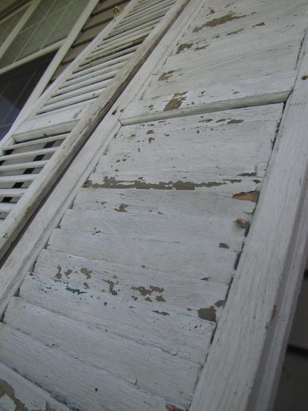 Dubizzle Dubai | Home Decor & Accents: White vintage shutter