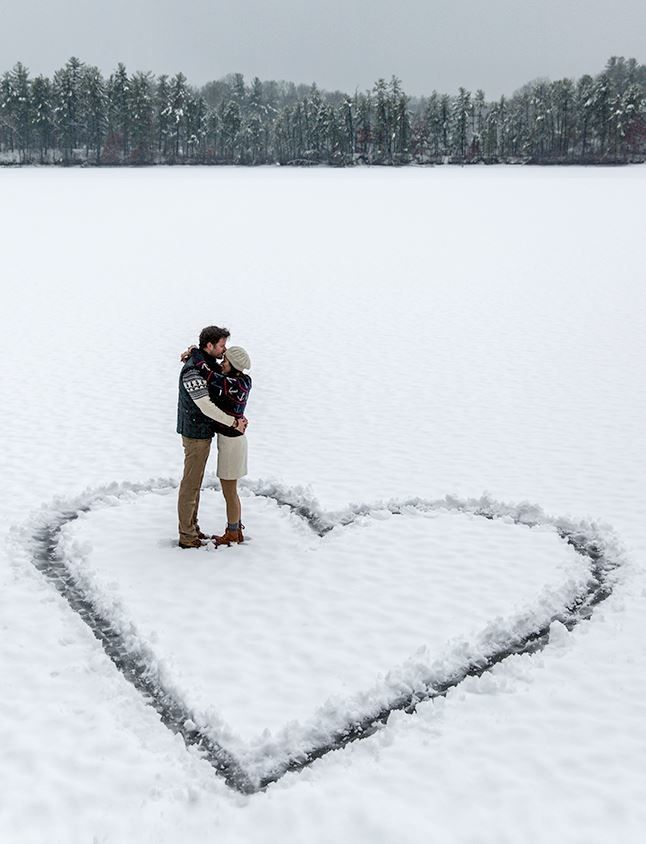Our Favorite Winter-Inspired Engagement Photos