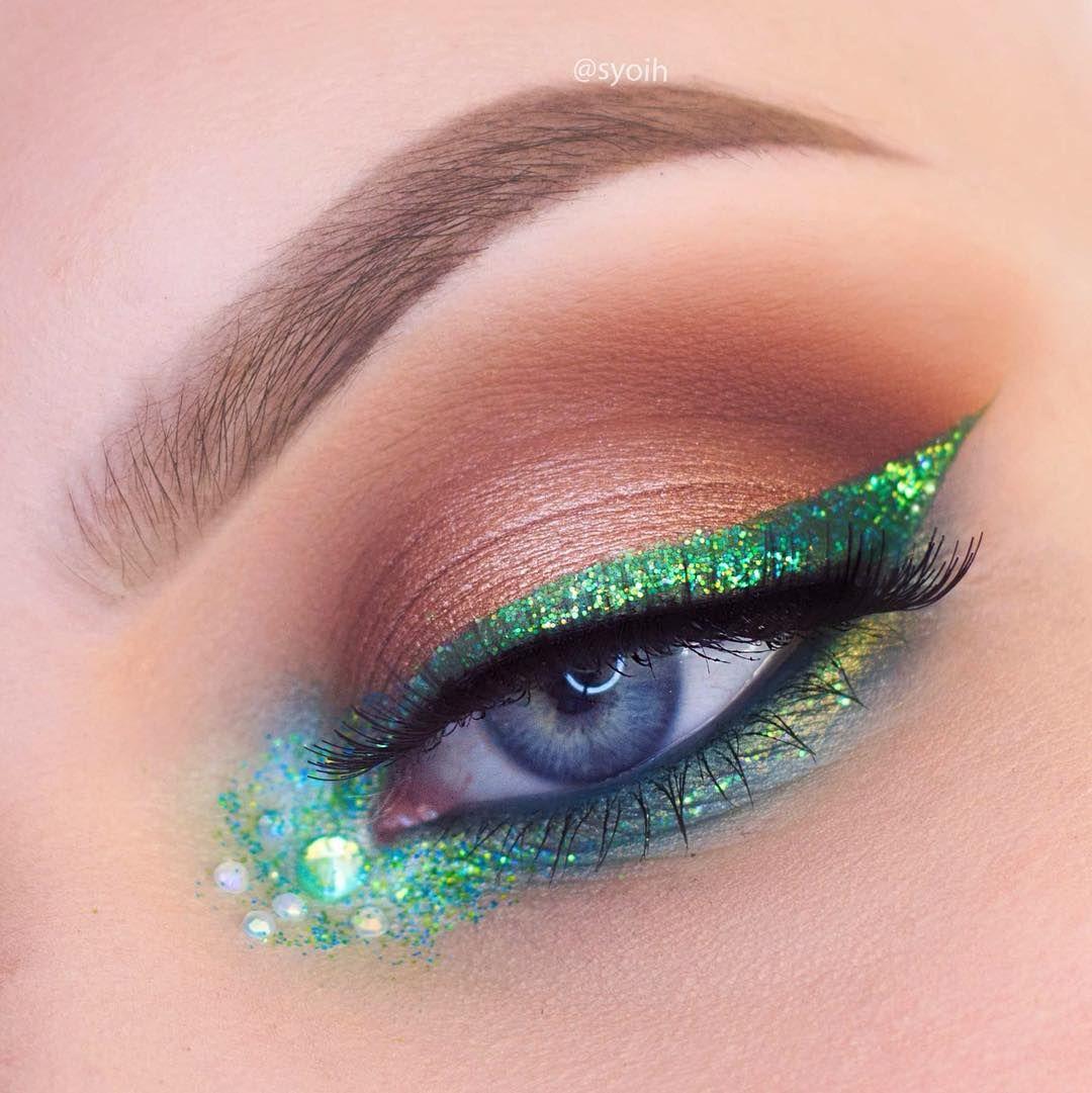 Vivid Brights Eyeliner by NYX Professional Makeup #12
