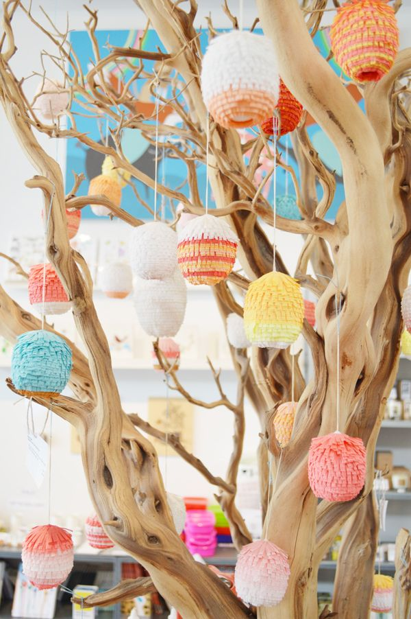 Great and decorative idea: A tree full of mini Pinatas!