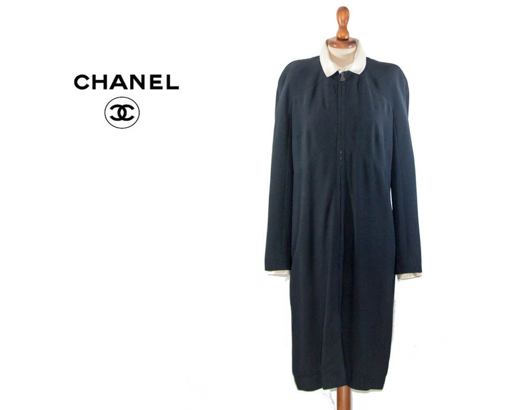 Coco Chanel Vintage Auth Boutique 1990s dress / vintage / dark blue dress white collar / Chic dress size FR 42 by MyLoftVintage on Etsy