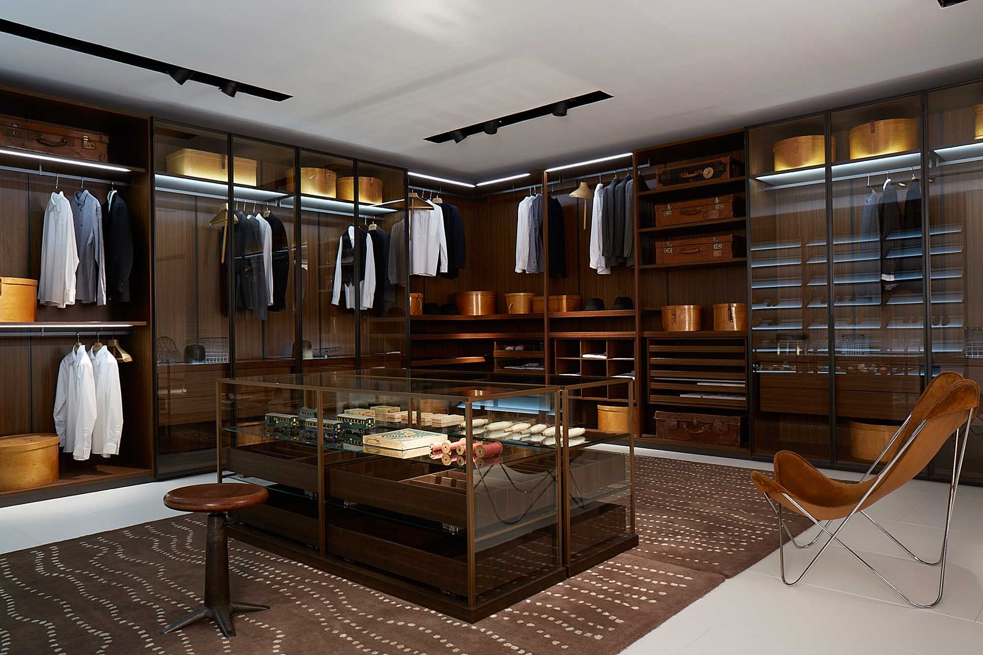 Porro salone del mobile 2014 walkin systems for closets for Closet island with glass top
