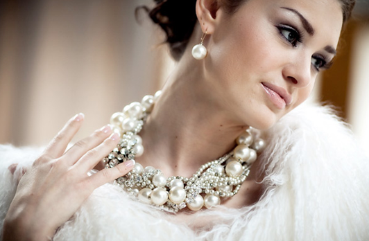 stunning necklace with fur as backdrop ...