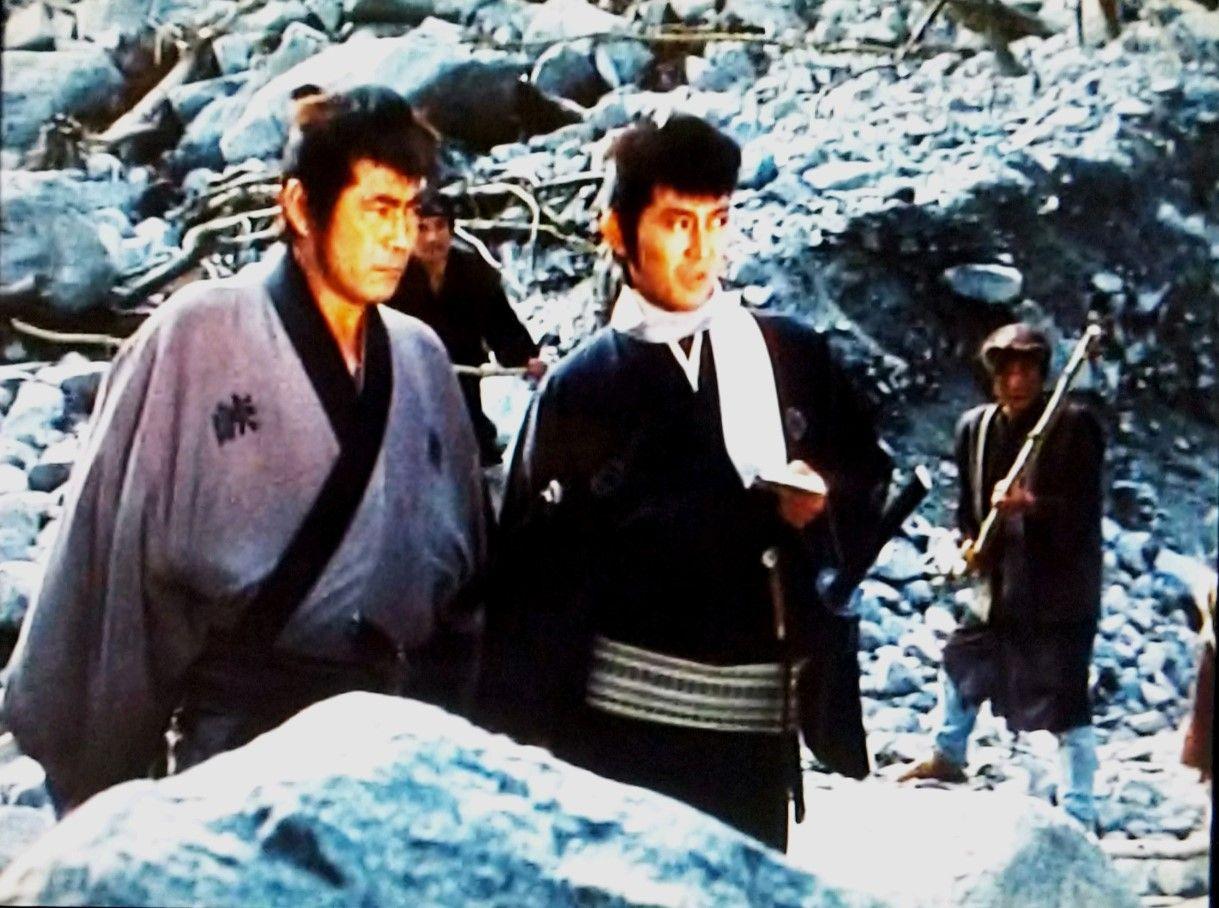荒野の素浪人 第1シリーズ』(1972年)峠九十郎と五連発の旦那大出俊 ...
