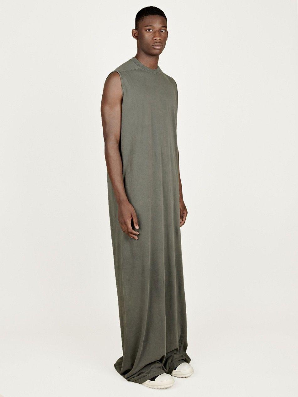 Mann im langen Kleid - #Männerkleid   Moda masculina