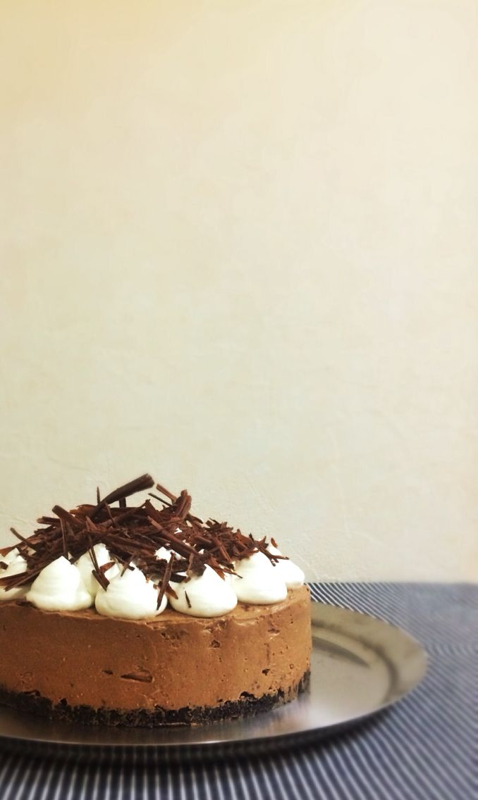 Tried this French Silk Pie recipe from pinterest. It's my first time eating something this silky!  Here's the link to the recipe: http://userealbutter.com/2013/05/22/french-silk-pie-recipe/