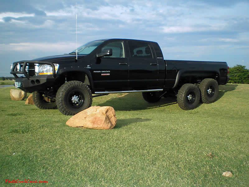2006 Dodge Ram 3500 Mega-cab 6x6 - A true 6x6 conversion on